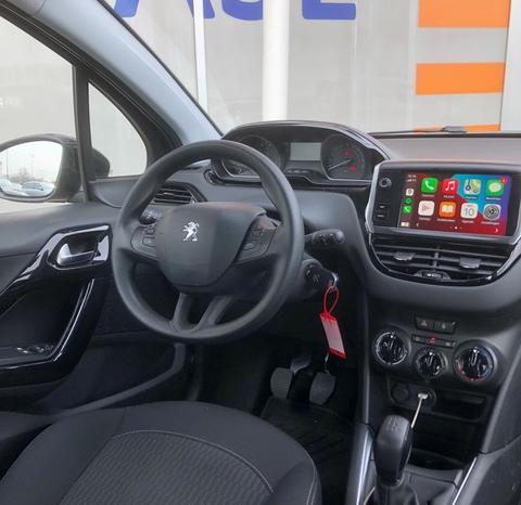 Peugeot 208 vol